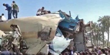 ¡Trágico! 32 muertos deja colisión de dos trenes en Egipto