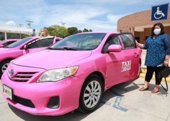"""""""Taxi Rosa"""""""